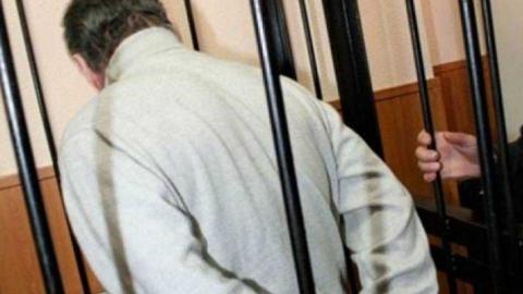 Ершовец надругался над дочерью и заставил жену принять наркотики
