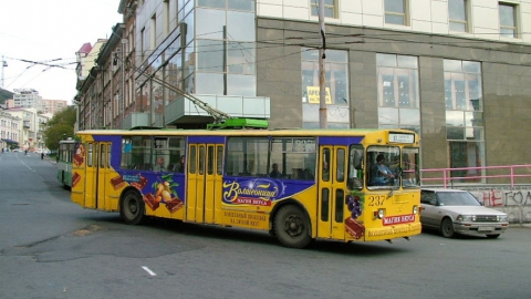 В Саратове автопарк городского транспорта обновят 10 троллейбусами