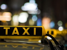 Пассажир перерезал таксисту сонную артерию