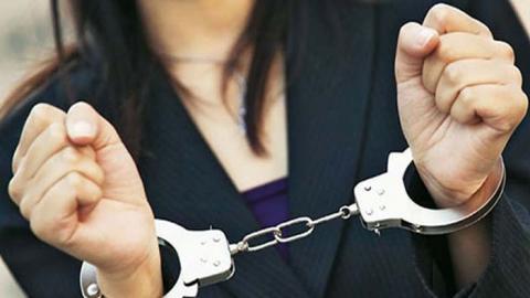 В Саратове у пенсионерки похитили золотые серьги