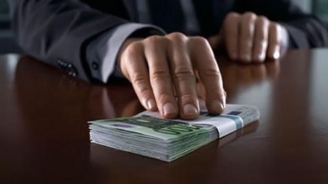 """""""Профстрой"""" оштрафован на миллион рублей за попытку подкупить пристава"""