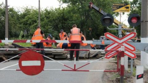 Под Саратовом на ночь закроют ж/д переезд из-за ремонта