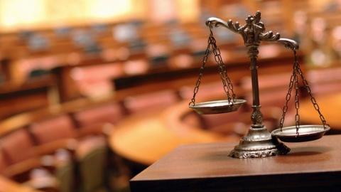 Страдавшего от квартирного вопроса мужчину посадят за убийство на 9 лет
