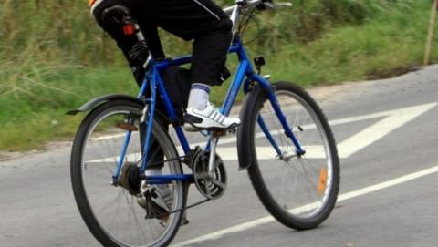 "В Саратове велосипедист пострадал при столкновении с ""Рено"""