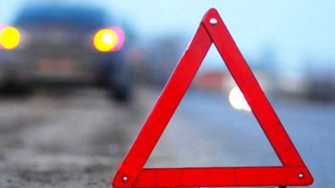 В Саратове парень и девушка пострадали при столкновении иномарок