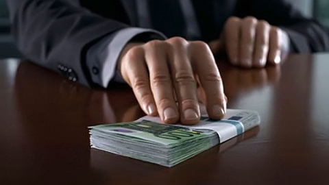 Бывший врио главы Сторожевки получил условный срок за взятку
