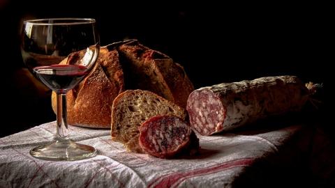 В Саратовской области стоимость колбасы выше средних показателей по ПФО