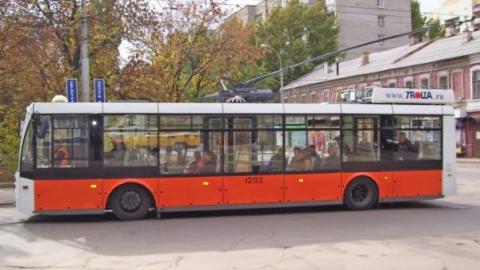 На Чернышевского пробка из-за остановки троллейбусов