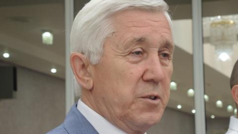 Депутаты облдумы согласились попросить помощи у федерального министра ЖКХ Меня