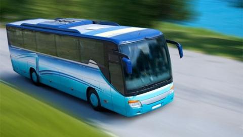 Экскурсионный автобус Москва-Балаково врезался в грузовой автомобиль под Саратовом