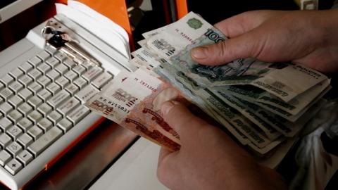 В Саратове продавец украла из кассы пивного магазина 36 тысяч рублей