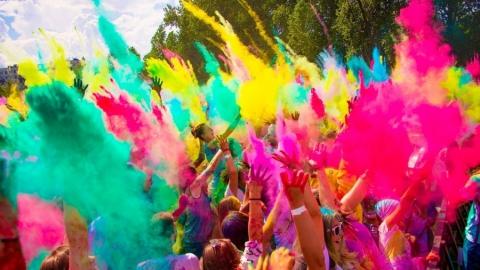В выходные саратовцев приглашают на Фестиваль красок