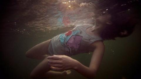 В Турковском районе в реке утонула 19-летняя девушка