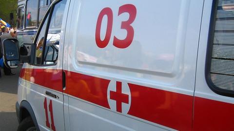 """Водитель """"Ауди"""" пострадал в лобовом столкновении с микроавтобусом в Саратове"""