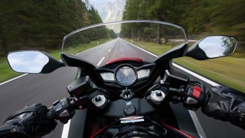 В Алексеевке мотоциклист сбил пешехода
