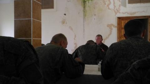 Военная прокуратура выявила нарушения норм питания в столовой в Шиханах-2
