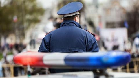 В Саратове разыскивают убежавшего с места аварии голого водителя