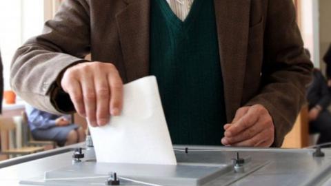 Избирком ожидает на участках 1246 слепых избирателей