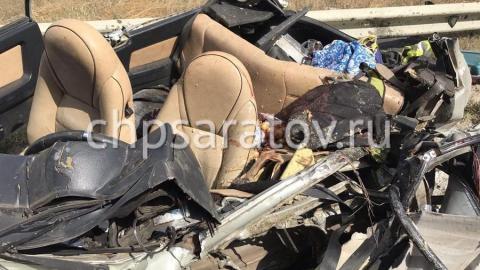 Смертельная авария на трассе спровоцировала столкновение еще одной фуры и иномарки