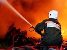 На пожаре в магазине пиротехники погибли четыре человека