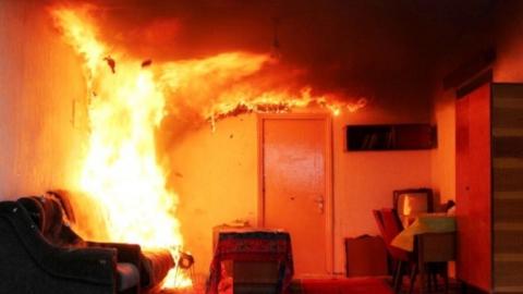 Под Саратовом дом сельчанки подожгли экстремистским журналом