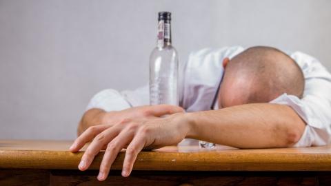 Половина отравившихся спиртом вСаратовской области погибли