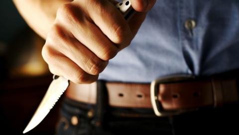 Саратовец после ссоры схватился занож и грозил старшей сестренке убийством