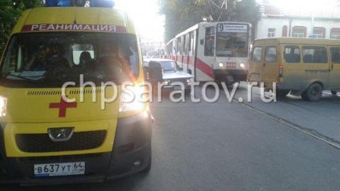В Саратове водитель трамвая сбил 18-летнего парня