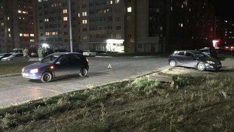 "Пассажирка ""Калины"" пострадала при столкновении с ""Опелем"" в Саратове"