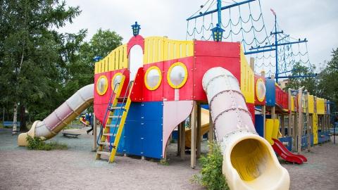 """В пресс-центре """"МК"""" в Саратове обсудят безопасность и травматизм на детских площадках"""