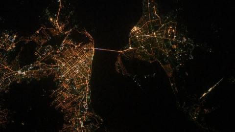 Российский космонавт опубликовал фотографии Саратова из космоса