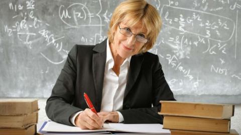 В Саратовской области уволились 40 почетных работников образования
