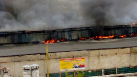 """Пожар на заводе """"Серп и Молот"""" распространился на 210 квадратных метров"""