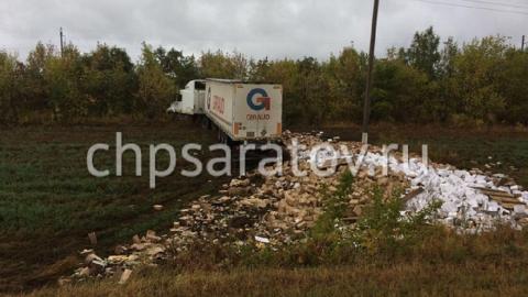 Двое детей пострадали в аварии с грузовиком под Саратовом