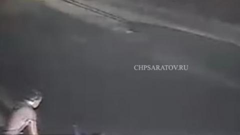 Саратовец избил мужчину на проспекте Строителей за оскорбление его жены