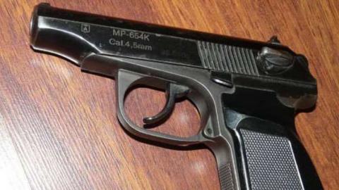 Под Хвалынском грабители вломились в дом и похитили пистолет