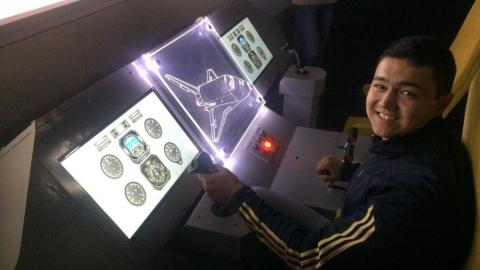 Студент Гагаринского университета на время стал пилотом космического корабля