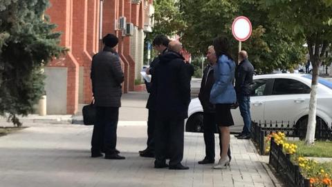 Из-за сообщения о бомбе эвакуирован министр строительства и ЖКХ области