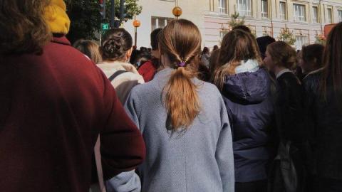 В Саратове из-за сообщений о бомбах эвакуировали правительство и МЧС