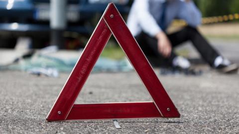 Два пассажира энгельсского автобуса пострадали в ДТП на Чернышевского