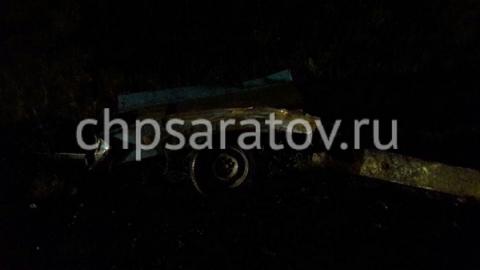 Оторвавшийся от легковушки прицеп спровоцировал тройную аварию под Вольском