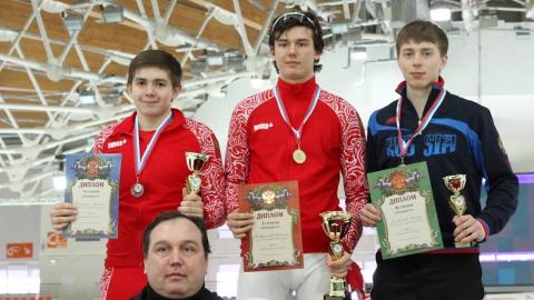 Данила Семериков стал победителем Всероссийских соревнований по конькобежному спорту