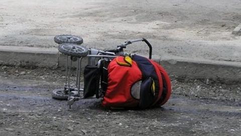 На Тархова пенсионерка на иномарке сбила коляску с младенцем