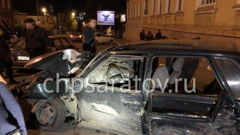 Три человека пострадали в аварии на перекрестке Кутякова и Горького