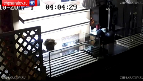 В Саратове подростков заподозрили в краже сейфа из пекарни