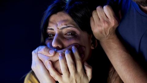 Саратовец осужден заизнасилование женщины надаче