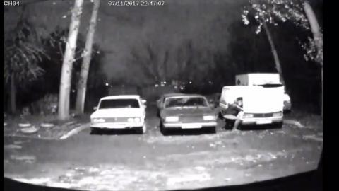 Похищавший аккумуляторы саратовец попал на записи камер наблюдения