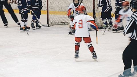 В Саратове стартовал Кубок железнодорожников по хоккею с шайбой