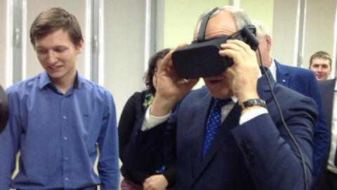 Валерий Радаев побывал в виртуальной реальности
