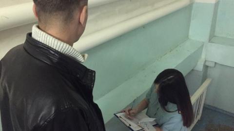 Житель Марксовского района заплатил своему сыну 200 тысяч рублей после встречи с приставами